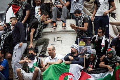 Anti-Israel-Paris-Protesters