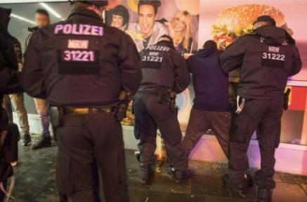 arrests-in-cologne