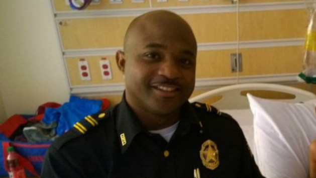black-cop-sues