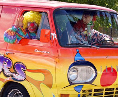 clowns-in-a-van